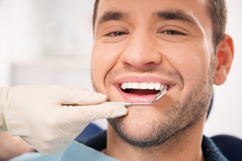 Have a Trusted Cosmetic Dentist Apply Fillings for a Better Smile
