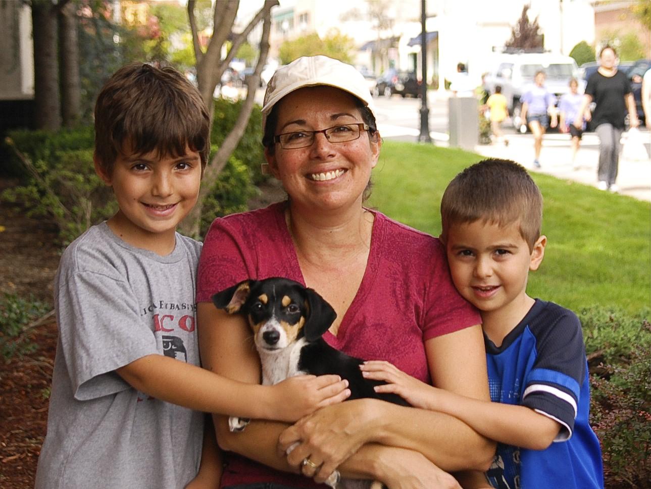 Adopt_A_Pet_9-25-11-2-9.jpg