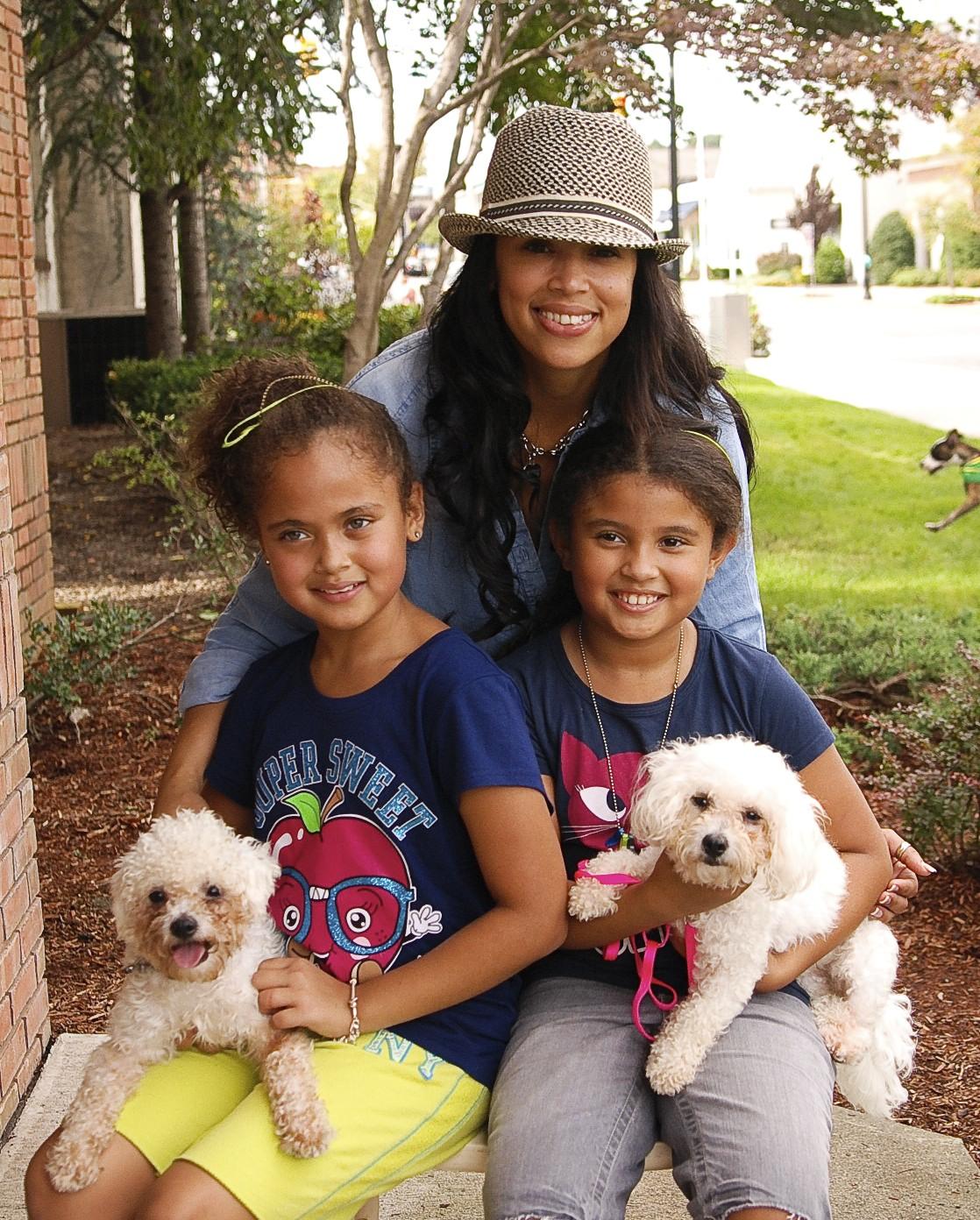 Adopt_A_Pet_9-25-11-2-29.jpg